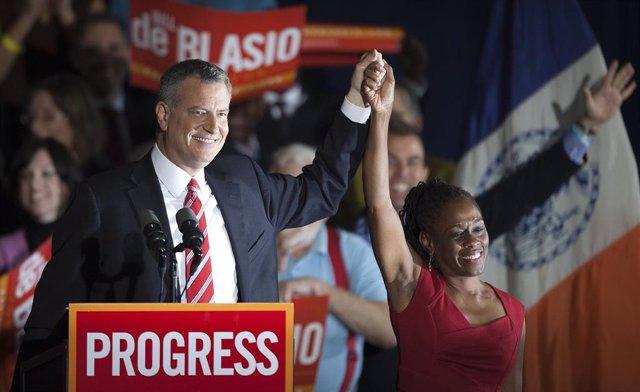 El demócrata Bill de Blasio, alcalde de Nueva York, y su mujer Chirlane