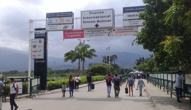Migrantes venezolanos y colombianos