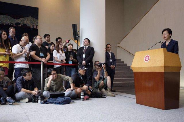 Carrie Lam, en una rueda de prensa