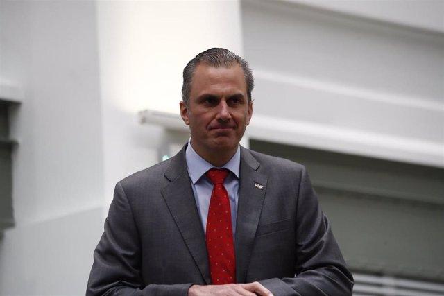 El secretario general de Vox y portavoz de esta formación en el Ayuntamiento de Madrid, Javier Ortega Smith, durante un pleno en el Consistorio donde se debate la aprobación provisional del proyecto Madrid Nuevo Norte.