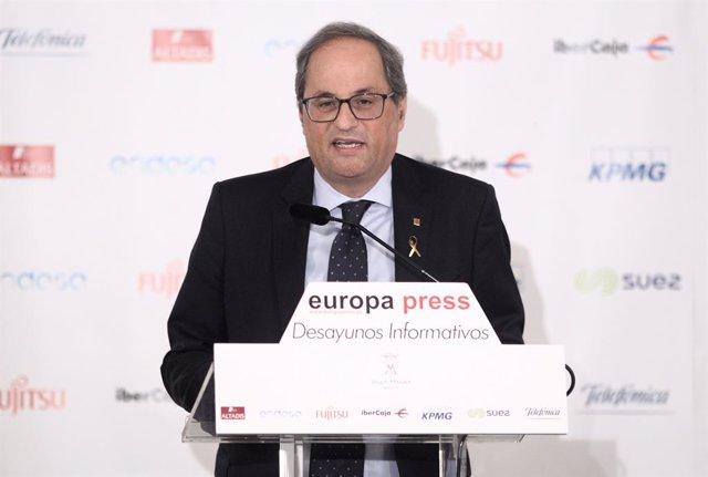 El president de la Generalitat, Quim Torra, durant la seva intervenció en  un Esmorzar informatiu d'Europa Press.