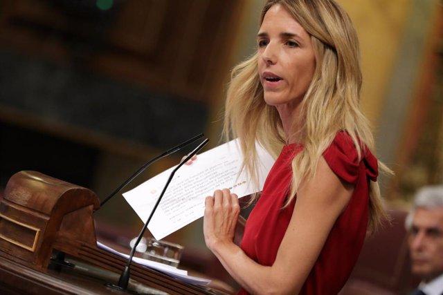 La portaveu del PP al Congrés Cayetana Álvarez de Toledo durant el Ple extraordinari al Congrés per tractar la gestió de l''Open Arms'.