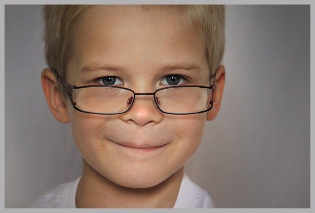 Los ópticos recomiendan hacer revisiones de vista antes del inicio del curso escolar.