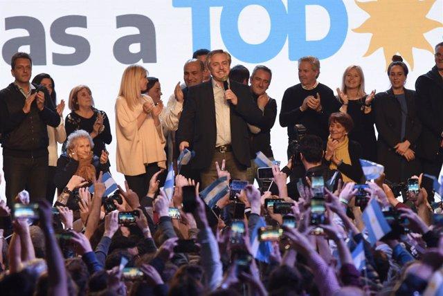 Sánchez recibe este jueves al candidato kirchnerista a la Presidencia argentina
