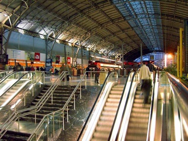 Kontsumobide recuerda que los usuarios pueden tener derecho a indemnización si su tren se retrasa o cancela por huelga