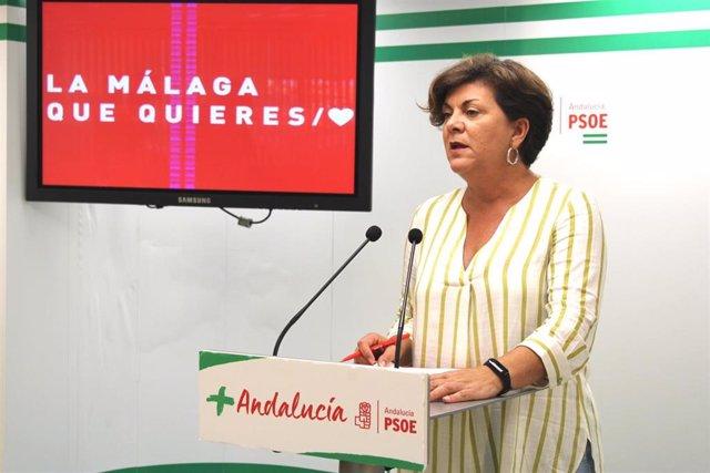 La vicesecretaria general del PSOE de Málaga, Fuensanta Lima, en rueda de prensa.