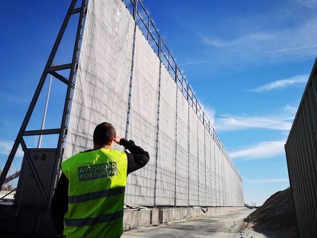 Almería.-Puertos.- La Autoridad Portuaria licita la instalación de una pantalla atrapa-polvo en el puerto de Carboneras