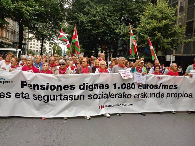 Imagen de la manifestación de pesionistas que hoy ha recorrido las calles de Bilbao