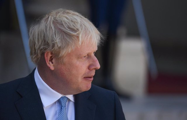 August 22, 2019 - Paris, France: British Prime Minister Boris Johnson arrives at the Elysee palace to discuss Brexit with French President Emmanuel Macron (not in frame) ahead of the G7 summit in Biarritz. (Mehdi Chebil/Contacto)