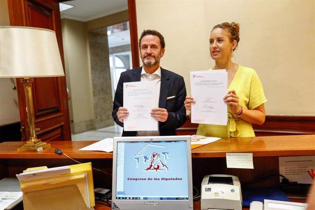 Los portavoces adjuntos de Ciudadanos, Edmundo Bal y Melisa Rodríguez, registran en el Congreso de los Diputados dos proposiciones de ley