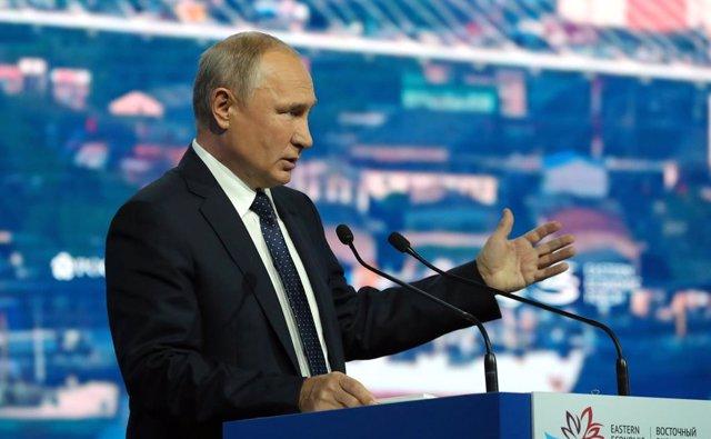 Rusia.- Putin propone crear un formado ampliado del G-7 que incluya a China, Ind