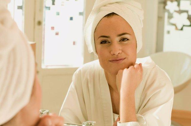 Espejo, mujer, baño, toalla