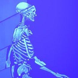 Janssen lanza 12 lienzos con tinta ultravioleta para concienciar sobre el mieloma múltiple