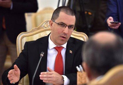 """Venezuela.- Arreaza acusa a EEUU de robar a los venezolanos y """"fingir preocupación"""""""