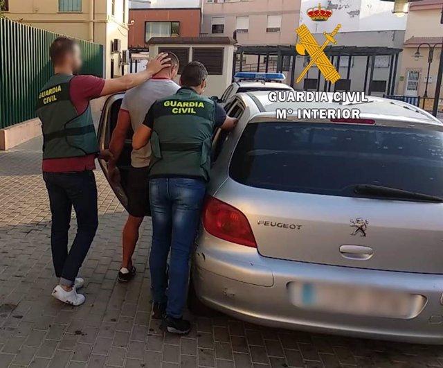 Detenciones por la agresión a un vigilante de seguridad en Roquetas de Mar (Almería)