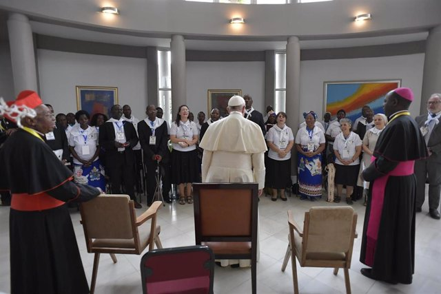 Sept. 5, 2019 - Mozambique:  : Pope Francis greets Scholas Occurrentes in Apostolic Nunciature Maputo (CPP/CONTACTO)
