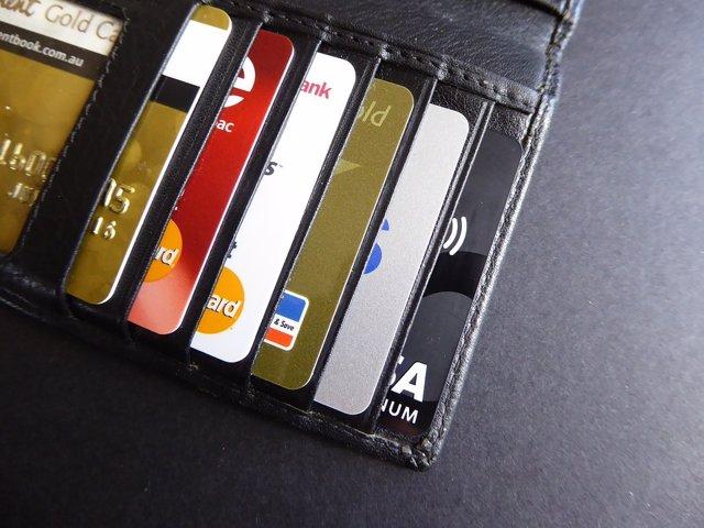 Recurso de tarjetas de crédito, contactless, pagos, bancos, pago con tarjeta