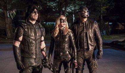 Arrow: Black Canary y Spartan estrenan traje en la 8ª temporada