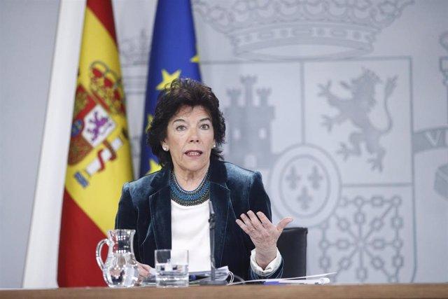 Rueda de prensa de la portavoz del Gobierno, Isabel Celaá, tras el Consejo de Ministros