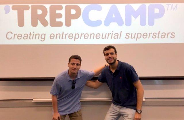 Los alumnos de la Universidad de Sevilla (US) Manuel Medrano Avedillo y Jesús Luque Reyes
