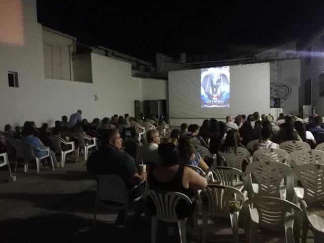 Una de las proyecciones en el Cineverano.