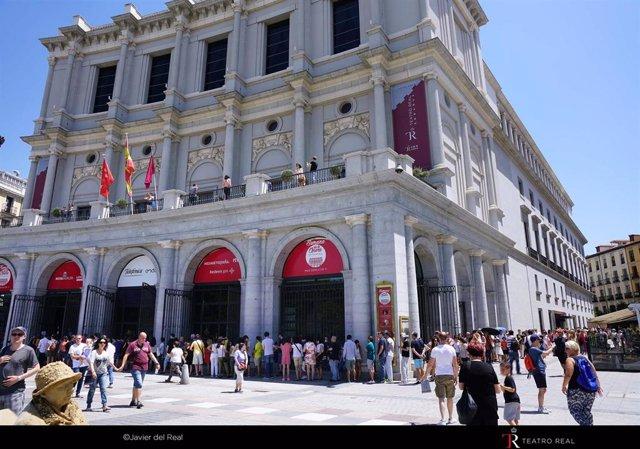 Jornada de puertas abiertas en el Teatro Real.
