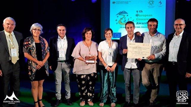La Vía Verde 'Montes de Hierro-Burdinmendi' recibe el premio de la asociación europea de vías verdes