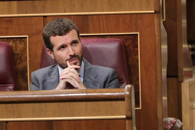 El presidente del PP, Pablo Casado, durante el Pleno extraordinario en el Congreso para tratar la gestión del 'Open Arms'.