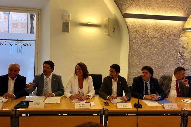 Reunión de Damià Calvet con entidades  y ayuntamientos de Girona sobre Ryanair