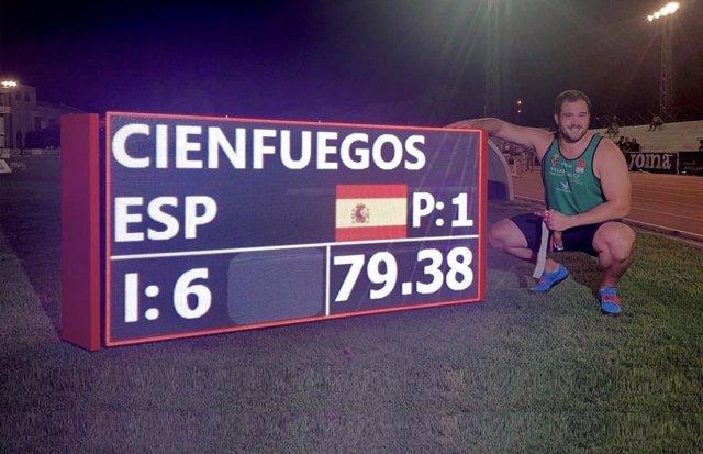 Javier Cienfuegos, récord de España de martillo