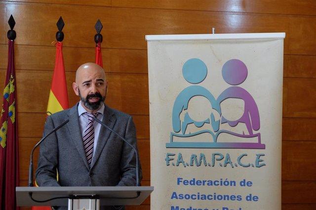 Rafael Martínez, presidente de la Federación de Asociaciones de Madres y Padres de Centros Cooperativos de Enseñanza de la Región de Murcia (Fampace)