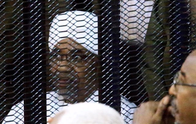 El expresidente de Sudán Omar Hasán al Bashir