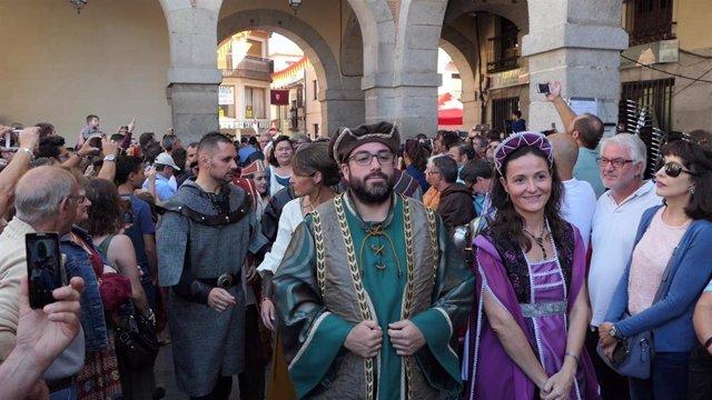 El alcalde de Ávila, Jesús Manuel Sánchez Cabrera, en el desfile de las Jornadas Medievales de Ávila
