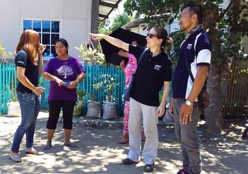 La cooperante española Raquel Ferrando en Filipinas