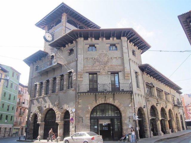 Estación De Atxuri En Bilbao