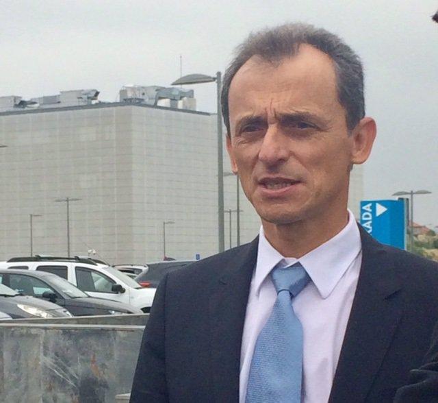 Pedro Duque en su visita a Santander