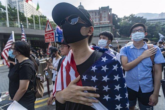 China.- Nuevos disturbios entre Policía y manifestantes en Hong Kong