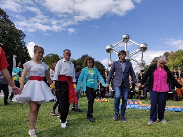 L'expresident de la Generalitat Carles Puigdemont enfront de l''Atomium' en els actes de la Diada a Brussel·les