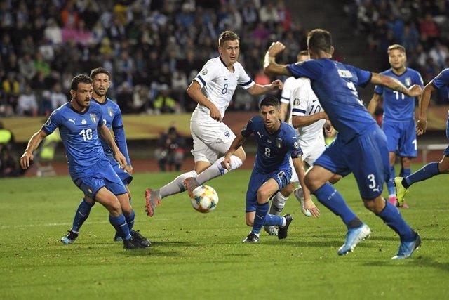 Fútbol/Eurocopa.- (Grupo J) Italia gana en Tampere mientras Armenia escala posic