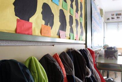 El curso escolar arranca este lunes con un ligerísimo crecimiento de la educación pública y 800 nuevos docentes