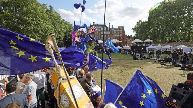 Brexit.- El Gobierno británico somete de nuevo a votación este lunes su plan par