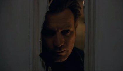 """Danny Torrance vuelve al Hotel Overlook en el tráiler final de Doctor Sueño: """"Ven a jugar con nosotras... para siempre"""""""
