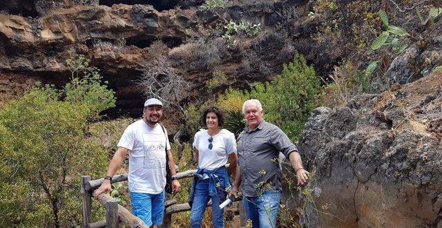 La consejera de Patrimonio del Cabildo de La Palma, Jovita Monterrey, en una visita a Buracas