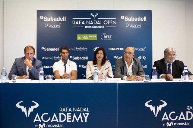Nadal junto a Rienda en la presentación del Rafa Nadal Open Banc Sabadell