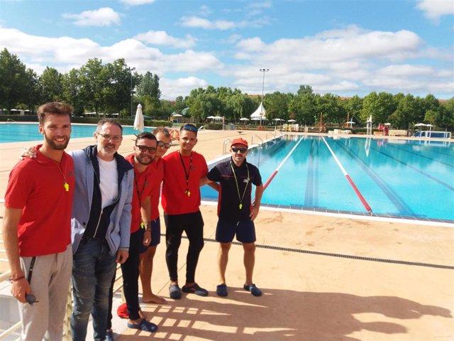 Ultimo día de las piscinas municipales de Logroño