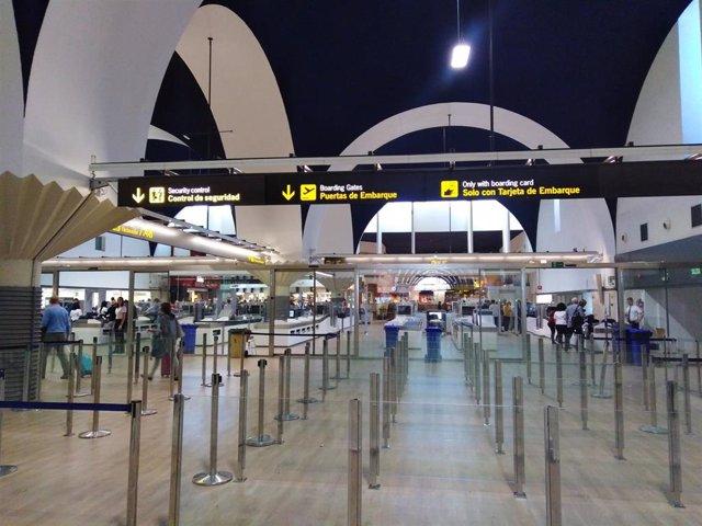 Zona de control del aeropuerto de Sevilla