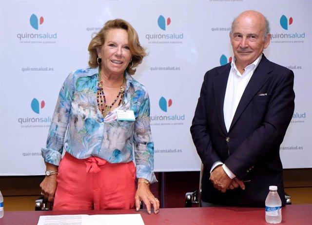 Firma de acuerdo de colaboración entre el grupo Quirónsalud y la Asociación Española Contra el Cáncer (AECC).