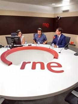 El vicepresidente de la Junta y consejero de Turismo, Regeneración, Justicia y Administración Local, Juan Marín, durante la entrevista