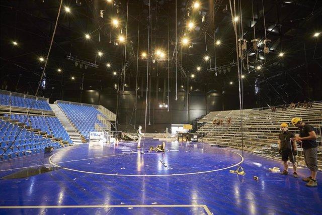 Construcción de la obra 'Messi10' de Cirque du Soleil en Barcelona