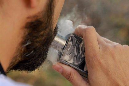 La FDA recomienda evitar los productos de vapeo que contengan THC, un psicoactivo asociado a la marihuana